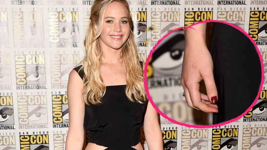 Ups! Jennifer Lawrence hat ein fehlerhaftes Tattoo