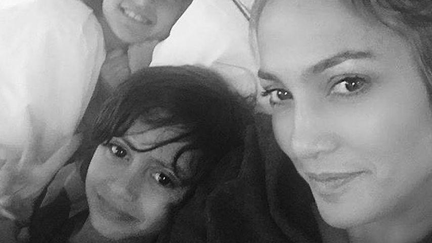 Jennifer Lopez mit ihren Kindern Emme und Maximilian.