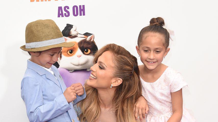"""""""Meine Kokosnüsse"""": J.Lo teilt Geburtstags-Post für Twins!"""