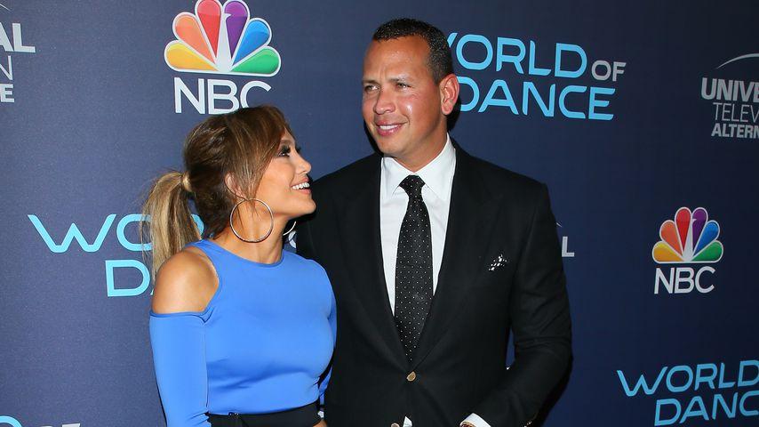 Jennifer Lopez und Alex Rodriguez bei einem Event