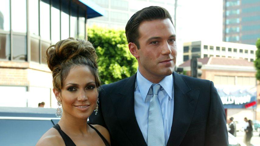 Jennifer Lopez und Ben Affleck im Juli 2003 in Westwood