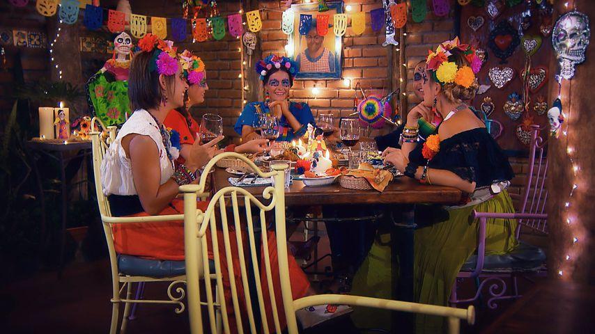 "Jenny, Steffi, Claudia, Andrej und Nadine in Folge sechs von ""Der Bachelor"""