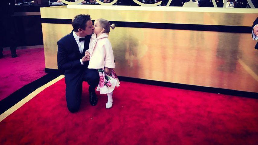 Vater-Tochter-Date: So süß sind Jeremy Renner und seine Ava