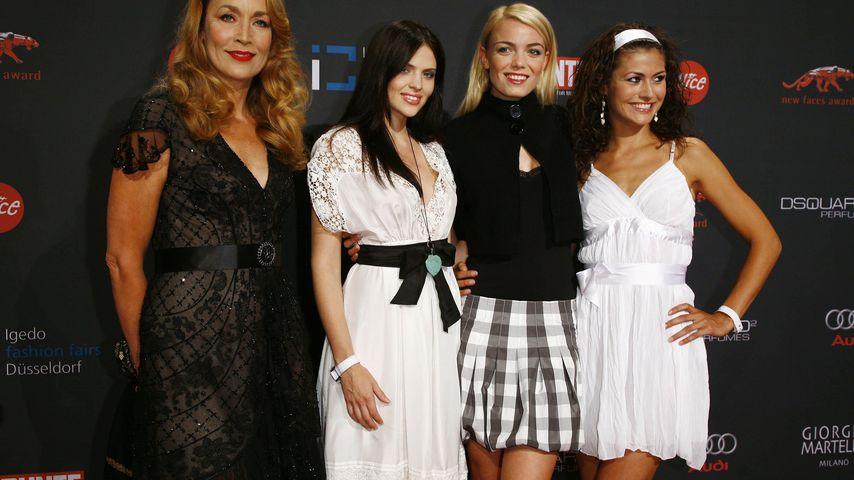 Jerry Hall, Hana Nitsche, Anni Wendler und Fiona Erdmann bei den Bunte New Faces Awards 2007