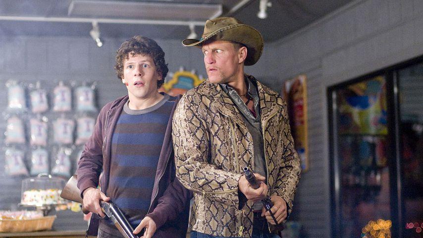 """Jesse Eisenberg und Woody Harrelson in """"Zombieland"""", 2009"""