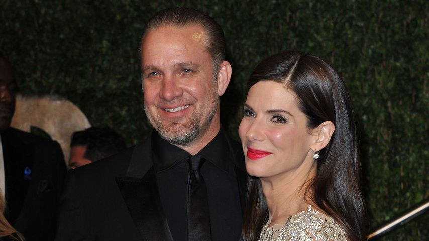 Jesse James und Sandra Bullock bei der Vanity Fair Oscar-Party