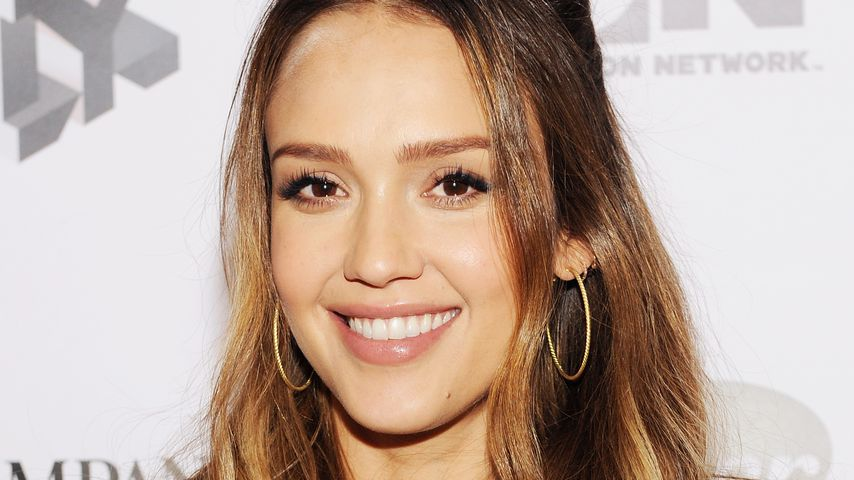 Hot in Pink: Jessica Albas Look raubt allen den Atem!