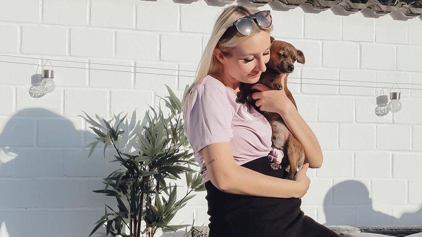 Jessica Schröder mit ihrem Hund
