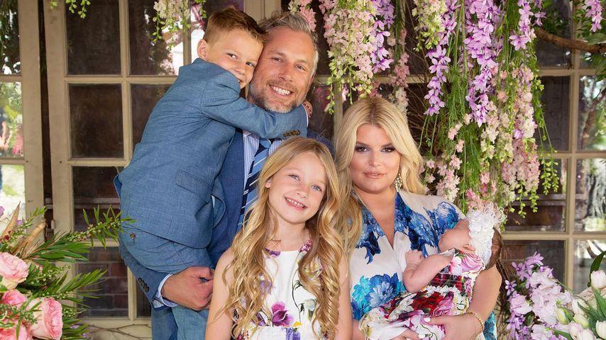Jessica Simpson mit ihrem Mann Eric Johnson und den drei gemeinsamen Kindern