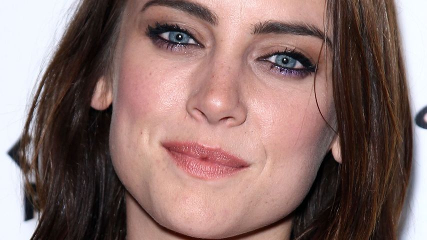 Jessica Stroup: Feste Rolle in Kevin Bacons Serie