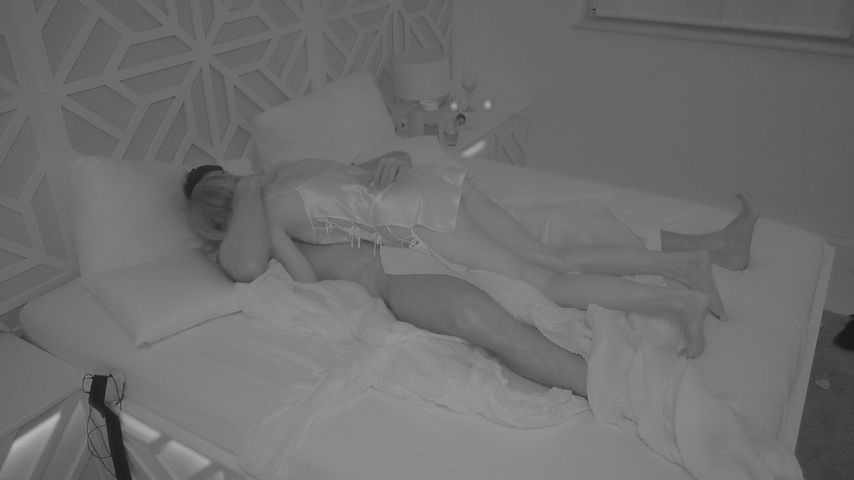 "Jessica und Sebastian in der Private Suite bei ""Love Island"""