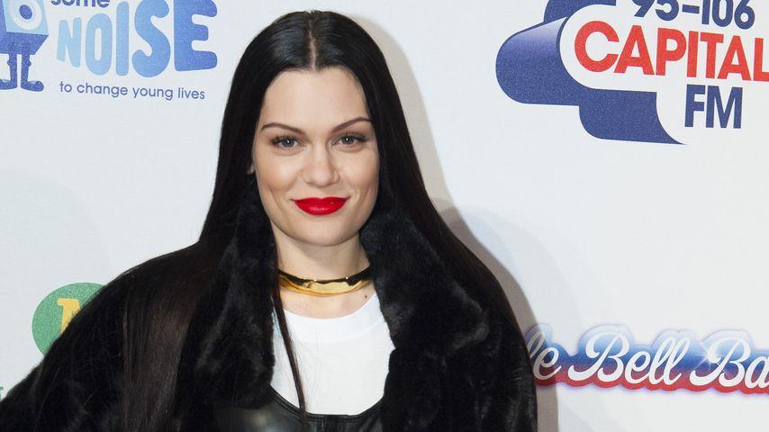 Spooky: Jessie J im Gothic-Look auf dem Red Carpet