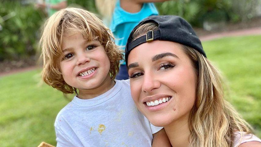 Jessie James Decker und ihr Sohn Forrest