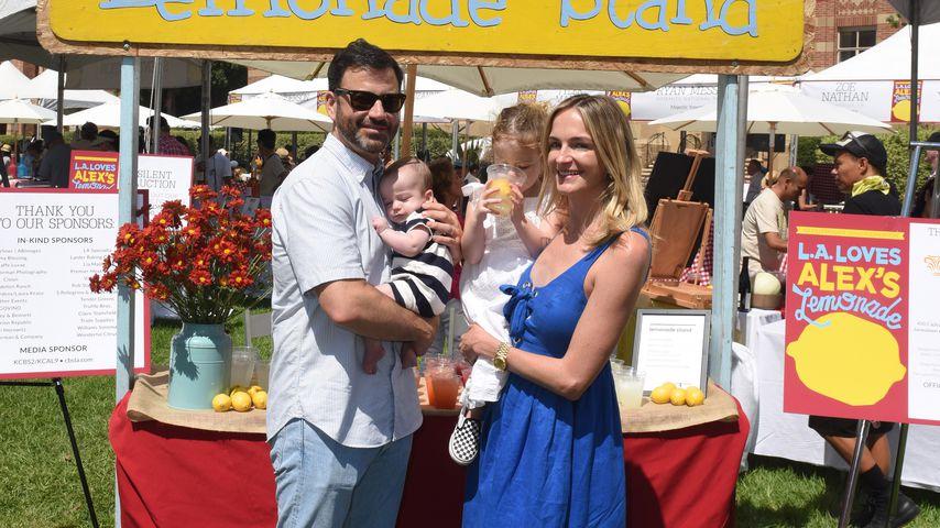 Jimmy Kimmel und Molly McNearney mit ihren Kindern William und Jane