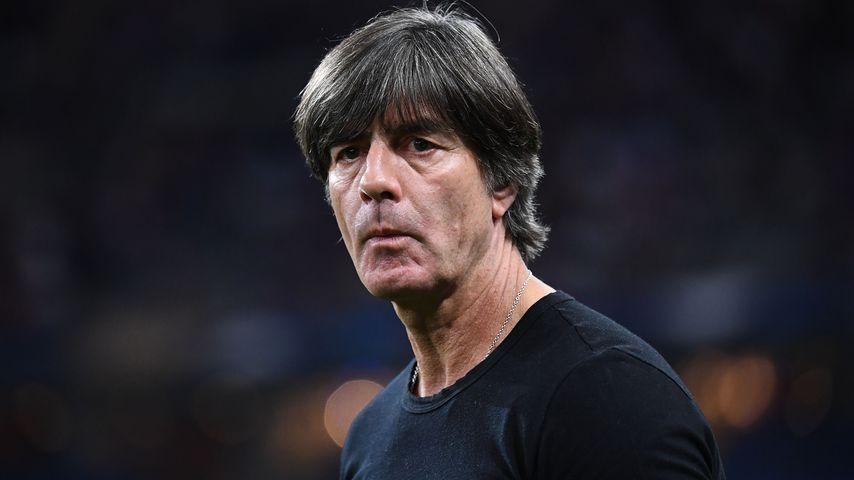 Joachim Löw beim Spiel Frankreich gegen Deutschland