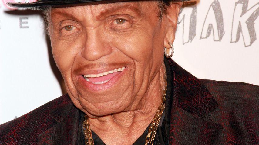 Herzstillstand! Neue Details zu Joe Jacksons Schlaganfall