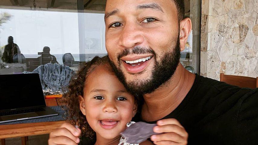 John Legend und seine Tochter Luna Simone im Juli 2020