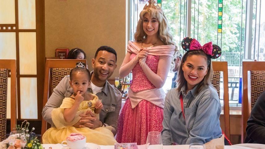 John Legend und Chrissy Teigen mit ihrer Tochter Luna