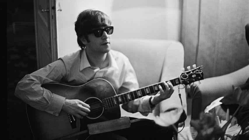 John Lennon, Sänger