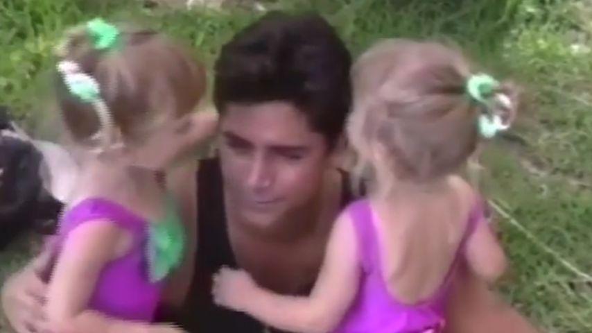 Ashley Olsen, Mary-Kate Olsen und John Stamos