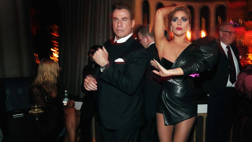 Mann geküsst? Neue Gay-Gerüchte um John Travolta!