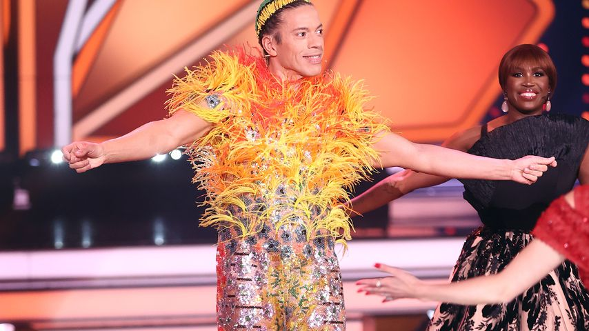 """Wie ein Kanarienvogel: Jorges skurriles """"Let's Dance""""-Outfit"""