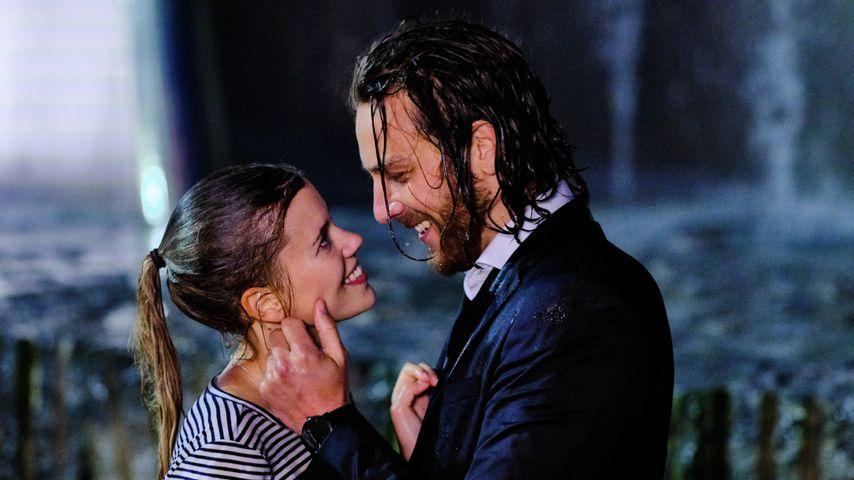 Josefin (Sina Zadra) und Alexander (Frederik Götz)
