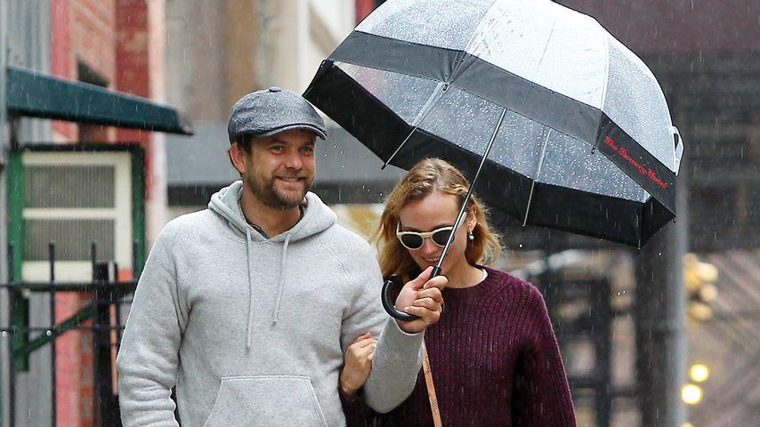 Diane Kruger & Joshua Jackson: Romantik im Regen
