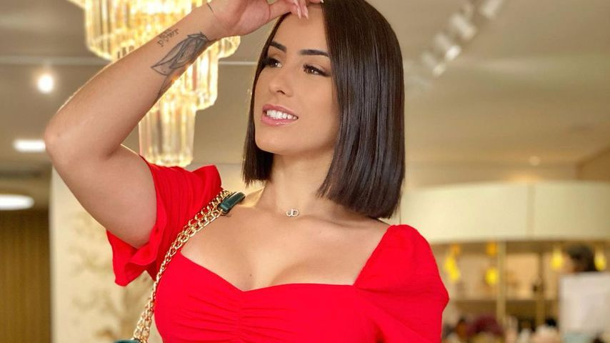Julia Hennessy Caiwela, influencer brasileña