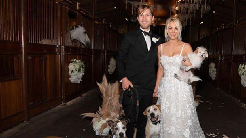 Kaley Cuoco und Mann Karl Cook mit ihren Hunden