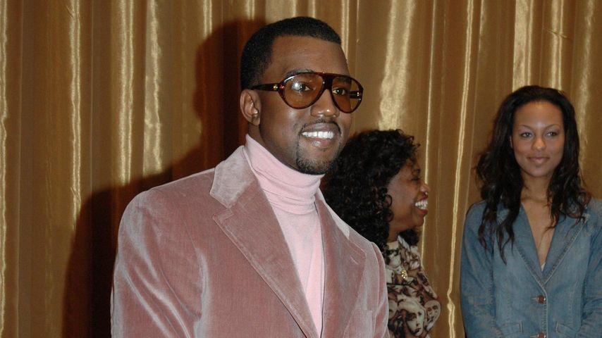 In Samt gehüllt: Hier grinst tatsächlich Kanye West!