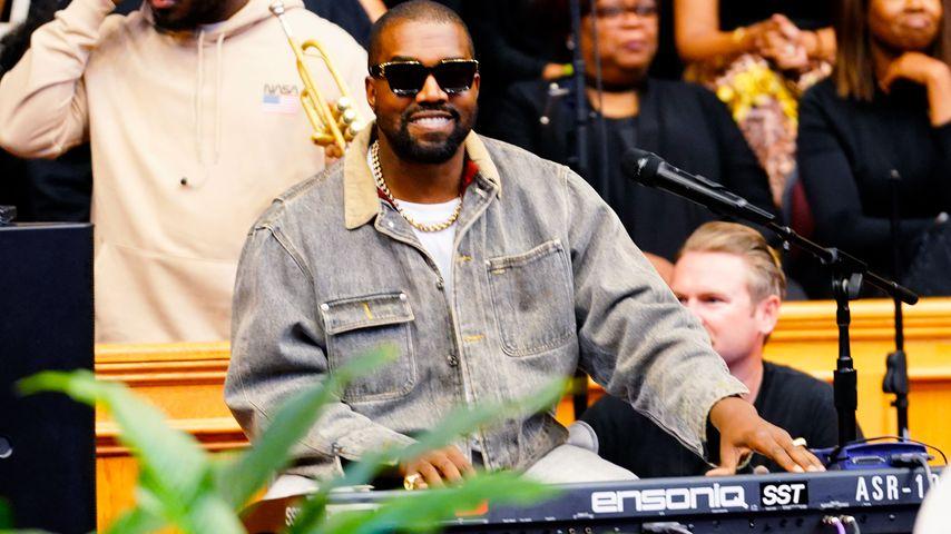 Kanye West bei einem Gottesdienst in New York