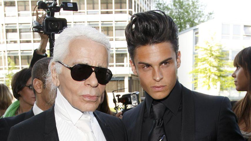 Modedesigner Karl Lagerfeld und Model Baptiste Giabiconi, 2010