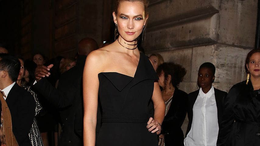 Karlie Kloss bei der L'Oréal Gold Obsession Party in Paris