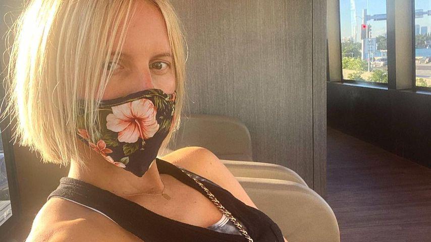 Schwangere Karolina Kurkova überrascht mit Kurzhaarschnitt