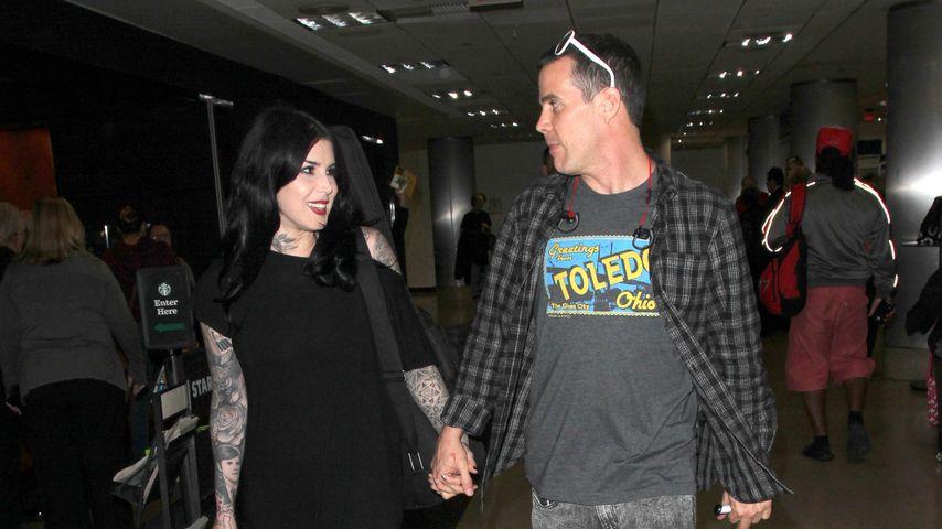"Kat Von D & ""Jackass""-Steve-O: Turtel-Alarm am Flughafen"
