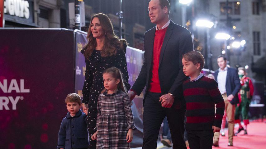 Kate und William mit ihren Kindern auf dem roten Teppich in London, Dezember 2020