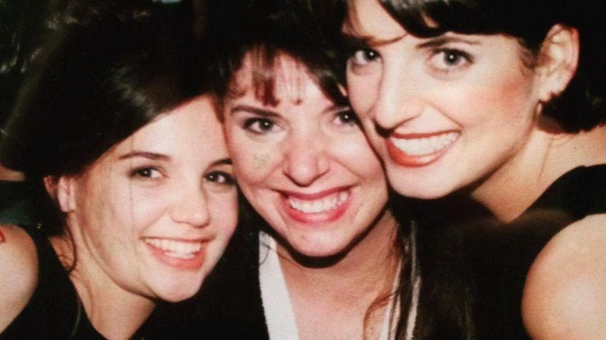 Strahlend schön: Katie Holmes & ihre Schwestern im Jahr 1995