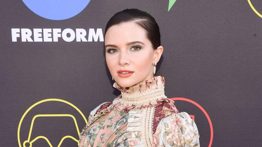 Katie Stevens, Schauspielerin