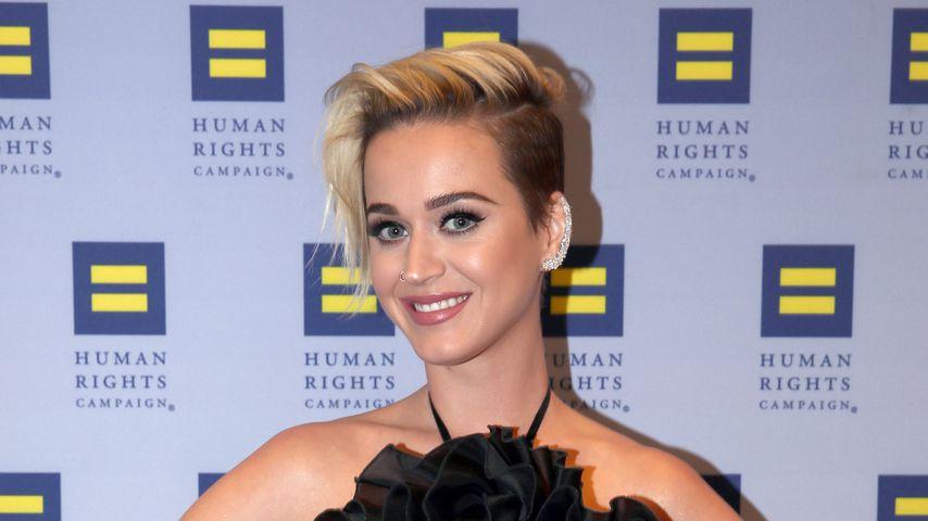 Mehr als Küsse: Steht Katy Perry auch auf Frauen?