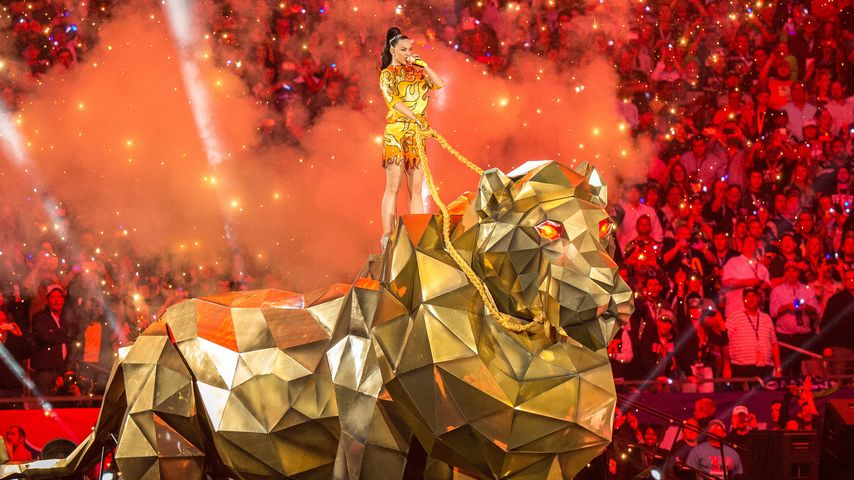 Atemberaubend! Katy Perry reitet auf Monster-Tiger
