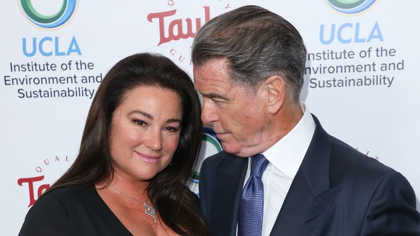 Süßes Red-Carpet-Couple: Pierce Brosnan turtelt mit Keely
