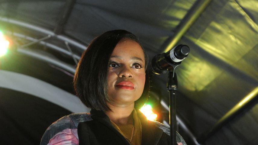 Sugababe Keisha Buchanan trauert um ihren verstorbenen Vater