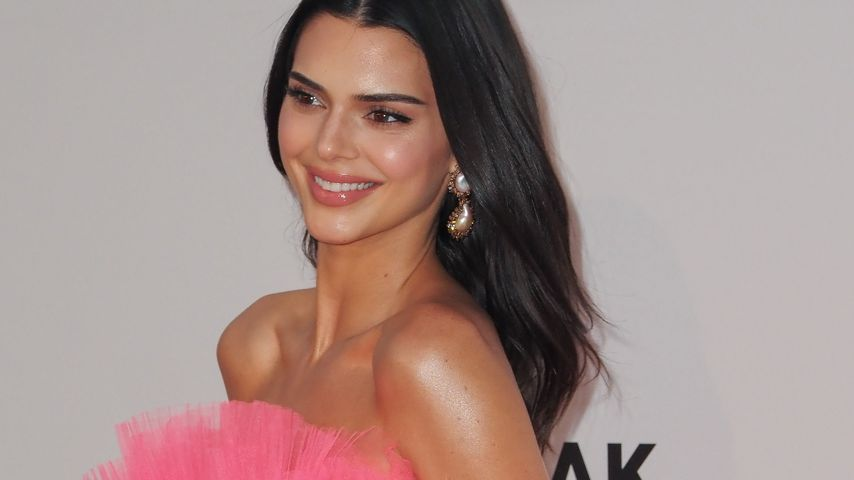 Kendall Jenner im pinken Kleid