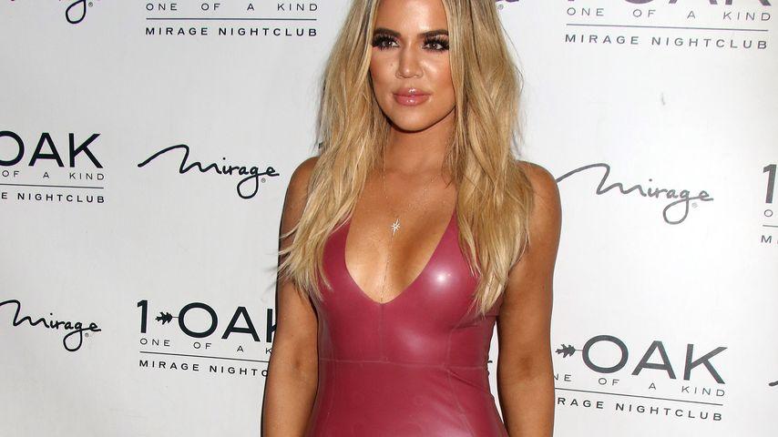 Wie eine 2. Haut: Khloe Kardashians Kurven im Latex-Kleid