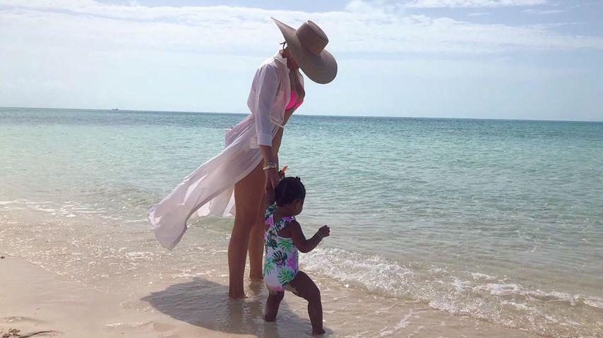 Khloe Kardashian und ihre Tochter True