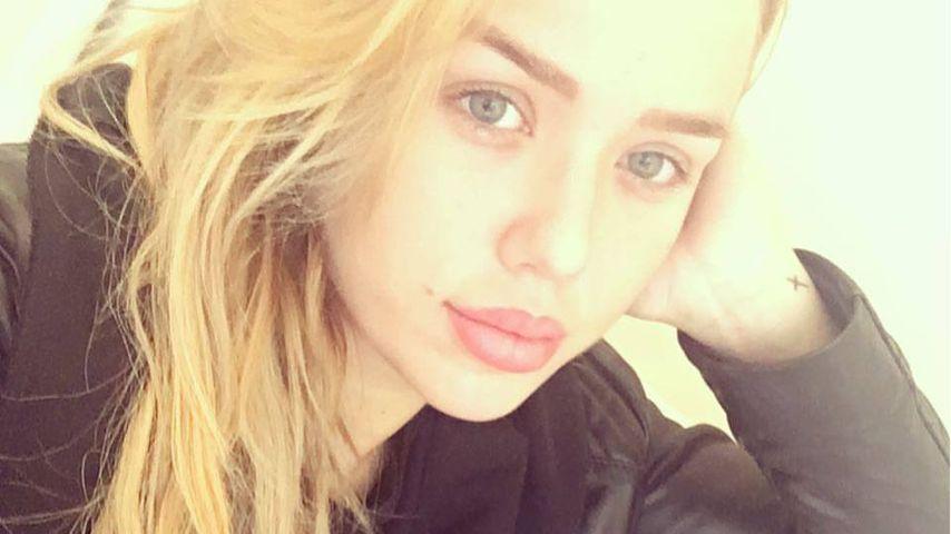Verschnieft und zugenäht: Kim Gloss ist total krank