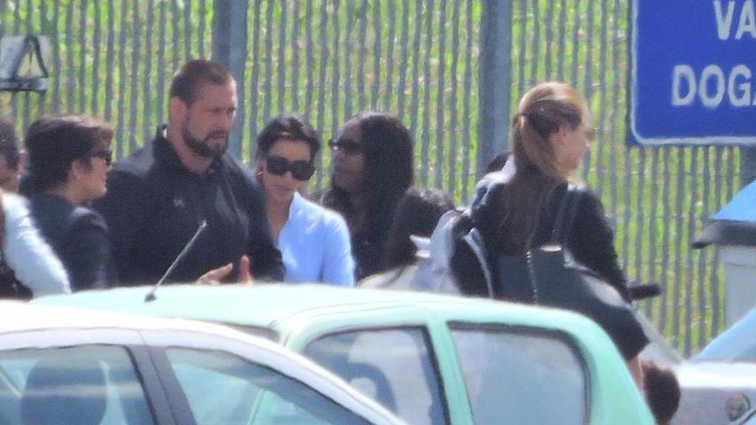 Kim Kardashian: Nun ist auch die Braut gelandet!