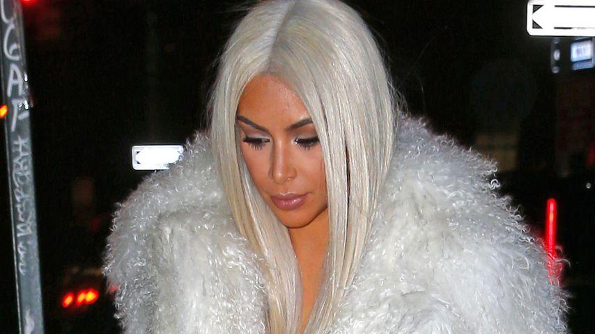 Platinstatus im Haar: Kim Kardashian rockt blonde Mähne