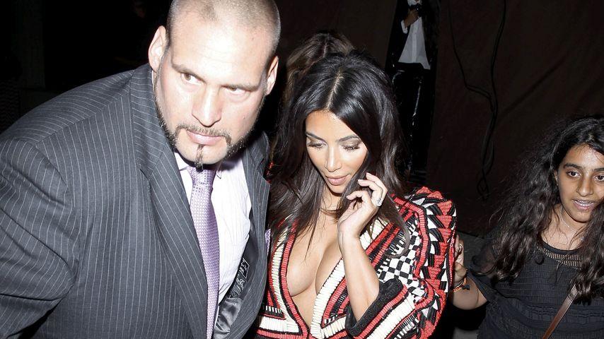 Kim Kardashian mit Bodyguard Pascal Duvier in Hollywood